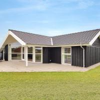 Hotel Pictures: Tarm Holiday Home 392, Fjerbæk