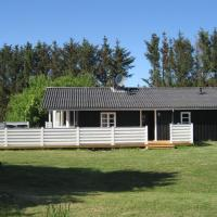 Hotel Pictures: Løkken Holiday Home 136, Lyngbytorp