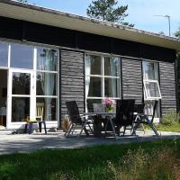 Hotel Pictures: Læsø Holiday Home 538, Læsø