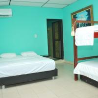 Hotel Pictures: Azalea Hostal, Santa Marta
