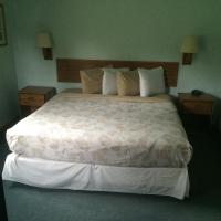 King Suite with Sofa Bed - Pet Friendly