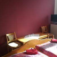 Triple Room with Double Bed and Shower