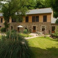 Hotel Pictures: Gite De La Tannerie 2, Dinan