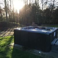 House with Whirlpool (8 Adults)