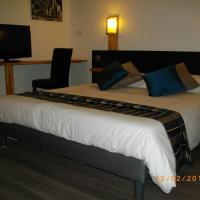Hotel Pictures: Appart'hotel Residella House Avignon Le Pontet, Le Pontet