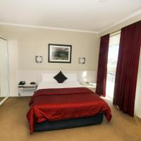 Isa King Single Room