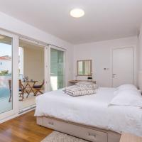 Deluxe One-Bedroom Apartment with Terrace and Garden View