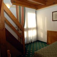 Triple Room - Split Level