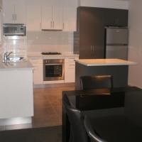 Hotel Pictures: King Street Apartments, Warrnambool