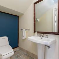 One-bedroom Loft Suite