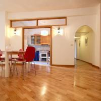 3 Bedroom Flat In St. Paul