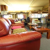 Hotel Pictures: Snowy Mountains Resort and Function Centre, Adaminaby