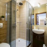 Studio with Bathroom