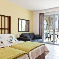 Superior Triple Room with Access to Amusement Park (2 Adults + 1 Child)