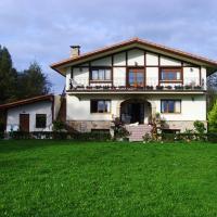 Hotel Pictures: Casa Rural Ibarrondo Etxea, Mungia
