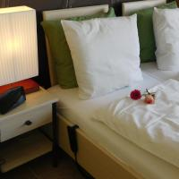 Hotel Pictures: Hotel Golden Dragon, Dessel