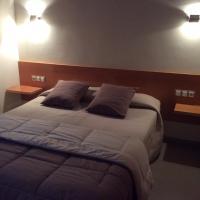 Hotel Pictures: Hotel Viaurelia, Montblanc