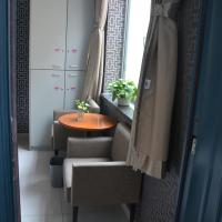 Hotel Pictures: Dream Builder Space Capsule Apartment, Ürümqi