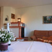 Hotel Pictures: Apartment Kaminstube, Lieser