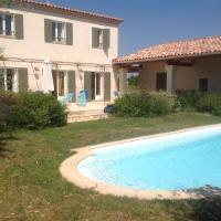 Hotel Pictures: provencal Bastide, Uzès