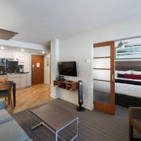 Hotel Pictures: West Coast Suites at UBC, Vancouver