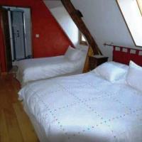 Hotel Pictures: Chambres d'Hôtes La Ferme du Bout de la Ville, Criquebeuf-en-Caux