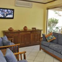 Hotel Pictures: Flamingo Marina Resort 502, Playa Flamingo