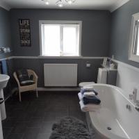 Luxury Double-Room with En-Suite Bathroom