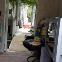 Caravan with Shared Bathroom ( 2 Adults+ 2 Children)