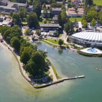 Hotel Pictures: Hotel Schlossblick Chiemsee, Prien am Chiemsee