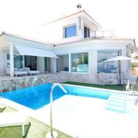 Hotel Pictures: Villa Suite Badia Gran, Sa Torre