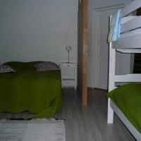 Hotel Pictures: Guesthouse Kivitatti, Sysmä