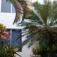 Hotel Pictures: Conjunto Sol Dorado 2, Tonsupa