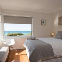 Hotel Pictures: Penguin Beach House, Penguin