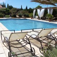 Hotel Pictures: Le Soleiadou, Carpentras