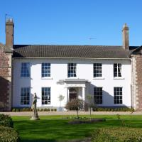 Hotel Pictures: Glewstone Court Country House Hotel, Ross on Wye