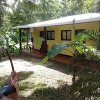Hotel Pictures: Surf House In National Park, Playa Grande