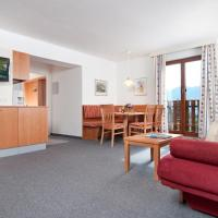 Superior One-Bedroom Apartment with Lake View