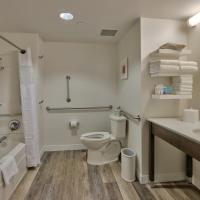 Queen Room with Two Queen Beds - Mobility/Hearing Accessible