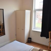 Double Room with Shared Facilities D8