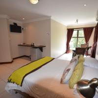Luxury Queen Suite