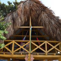 Hotel Pictures: Beachfront Cottage, Villa Carolina, Ciénaga