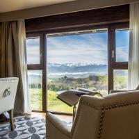 Hotel Pictures: Puebloastur Eco Resort Wellness, Cofiño