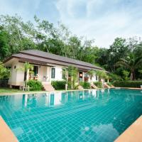 Family Villa with Pool View