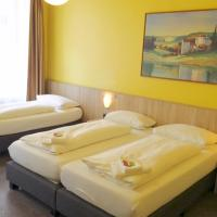 Triple Room With Private Shower and Shared Toilet