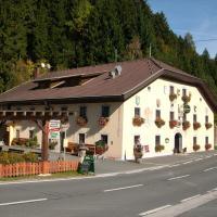 Hotel Pictures: Gasthof zum Löwen, Sankt Jakob im Lesachtal