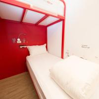 Deluxe Twin Room with Shared Bathroom