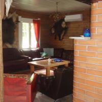 Five-Bedroom House (Peamaja)