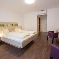 Hotelbilleder: Hotel zur Pfalz, Kandel