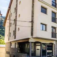 Hotel Pictures: ReSort Apartaments Polialeu, Sort